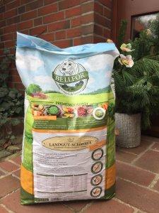 Bellfor Landgut-Schmaus Insekten Getreidefrei Hundefutter im Test